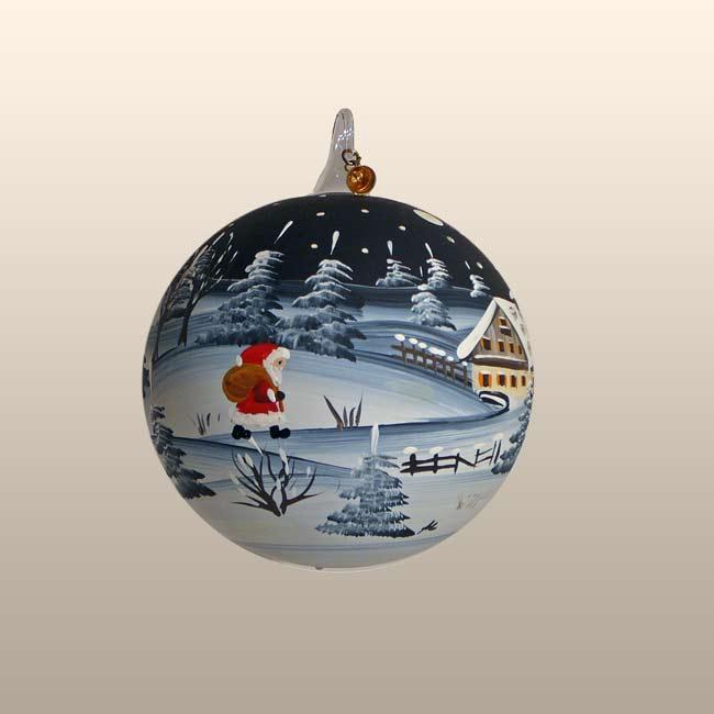 Glaskugel Kristallnacht - Weihnachtsmann beim Geschenke verteilen-15cm